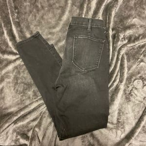 Size 30 Black Gap True Skinny Jeans